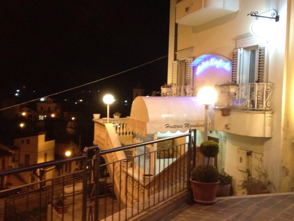 Osteria Margherita 1, discovering Abruzzo wines