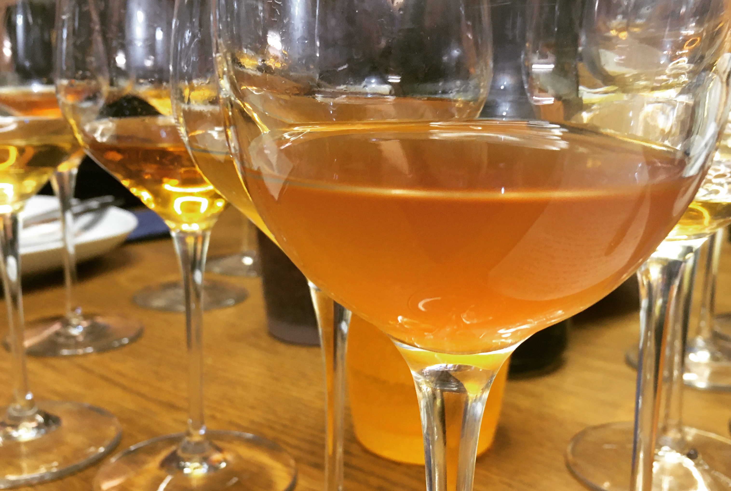 orange wine blind tasting